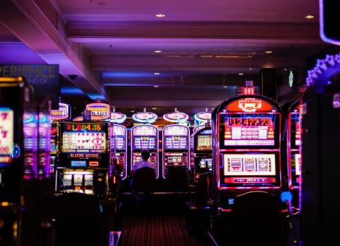 казино где дают бездепозитный бонус